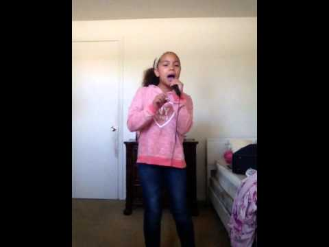 Talented girl sings bad blood by Taylor Swift