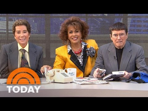 Kathie Lee, Hoda, Regis Reenact 'Regis And Kathie Lee' For Halloween | TODAY