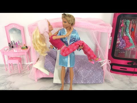 Thumbnail: Barbie Morning Routine Pink Bathroom Bedroom Evening Routine دمية باربي Barbie Rotina matinal
