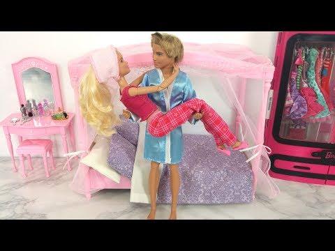 Barbie Morning Routine Pink Bathroom Bedroom Evening Routine دمية باربي Barbie Rotina matinal