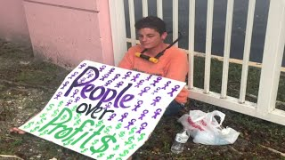 Protesters block entrance to ICE detention center in Deerfield Beach