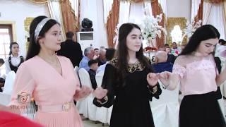 Обложка Очень красиво встретили сватов Kina Gecesi Milani 2019 группа Ширин