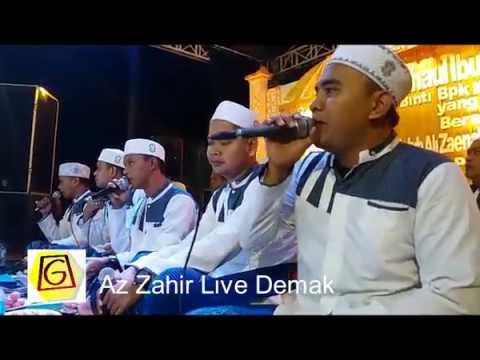 Az Zahir Live Demak ( Seng Keri Cokot Boyo  by Suma Budhaya)