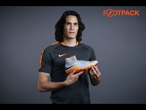 buy online 3c0ba 185a2 Interview Edinson Cavani - Nike Hypervenom II