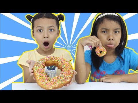 MINI VS BIG FOOD CHALLENGE ♥ Who wins Jumbo Donut ?