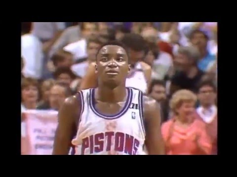 Isiah Thomas - Game 2 1989 NBA Finals (Bloody Jersey, 19 Second-Half Points)