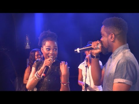 MZVEE VS EFYA CLASH - LIVE BAND PERFORMANCE