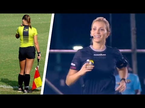If The Referee is a Very Beautiful GIRL
