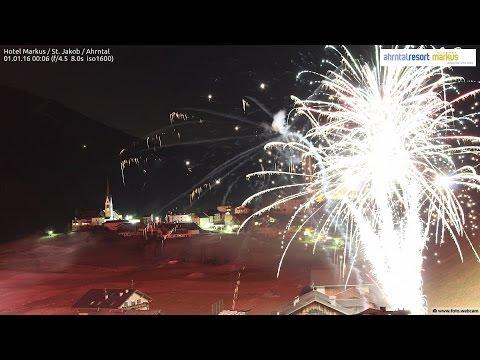 Weihnachtsbilder Neujahrsbilder.Neujahrsbilder Silvester 2015 Auf 2016 Alpen Um Mitternacht
