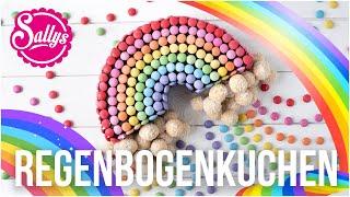 Regenbogen Geburtstagskuchen mit Smarties und süßen Wolken / Sallys Welt