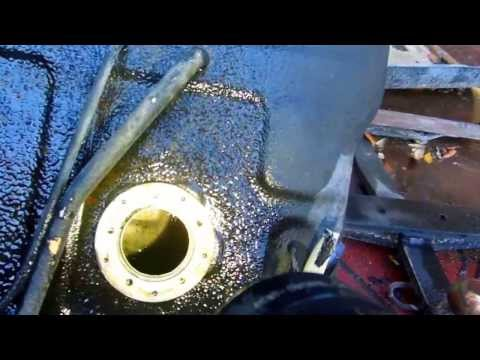 VINEGAR will Clean a Rusty Gas Tank