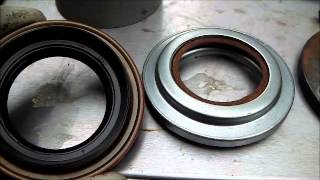 Land Rover Series -  Changing Salisbury Diferential Pinion Seal