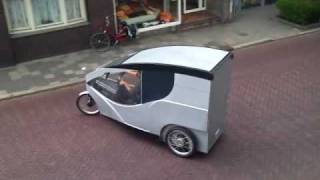 xl trike van cargocycles, de overdekte bakfiets