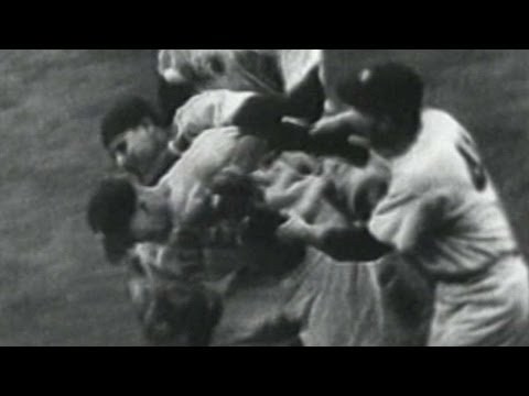 1952 WS Gm7: Yankees win World Series