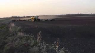 54 Row John Deere Corn Planter 90' Wide