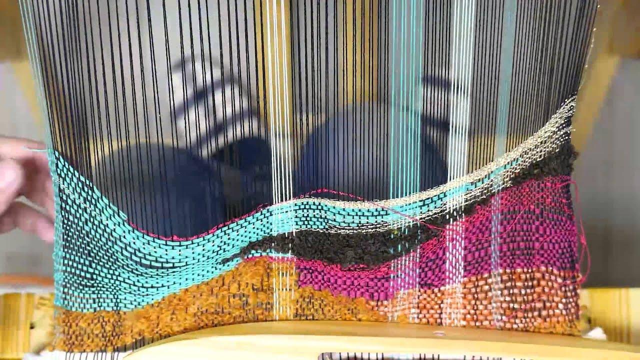 『さをり織り』能力が開花するフリースタイル現代手織りがハイエンドで人気!