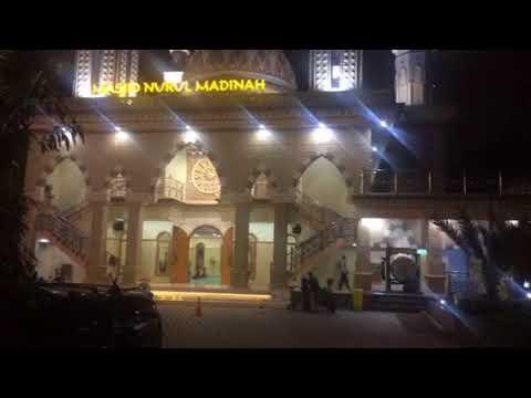 Orang Jawa adzan di Madinah