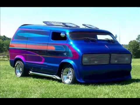 Nautilus 1976 radical chopped Dodge custom van