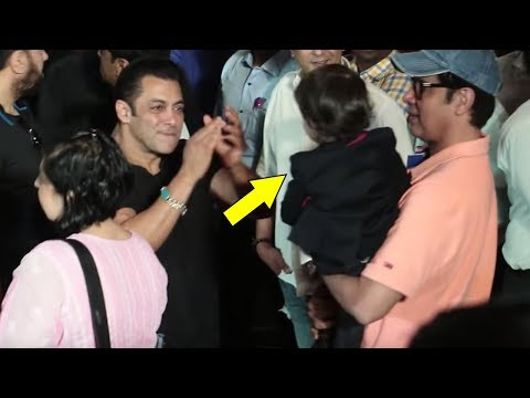 Salman Khan Dancing With Nephew Ahil Sharma At Loveratri Trailer Launch