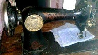 видео Швейные машины старые – стоит ли купить машинку Зингер?