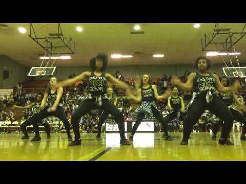 New Iberia High School Dance Team