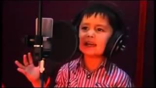 4 year old arab boy singing a cute song.