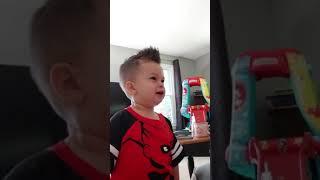 Itsy bitsy spider / nursery rhymes / kids / singing / learning
