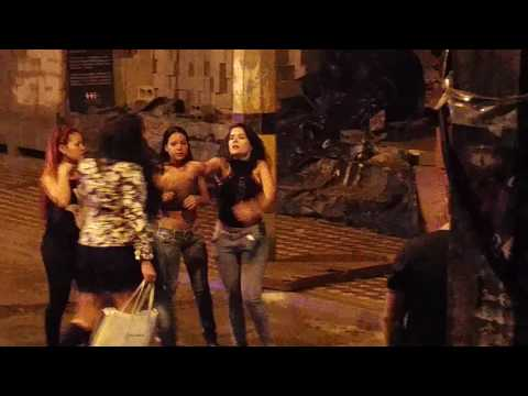 Girl Fight in Parque lleras, Medellin Colombia
