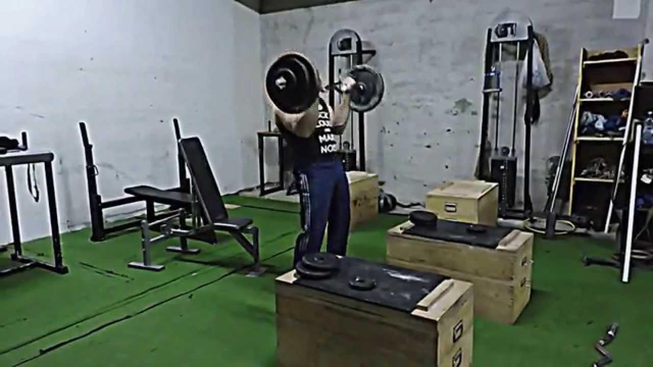 slow cheat biceps curls 71 kg 157 lb for 5x10 youtube. Black Bedroom Furniture Sets. Home Design Ideas