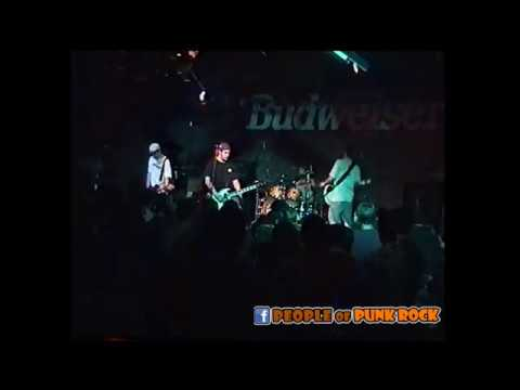 BIGWIG - The Girl In The Green Jacket @ Bar Le Christophe, Victoriaville QC - 1999-11-03
