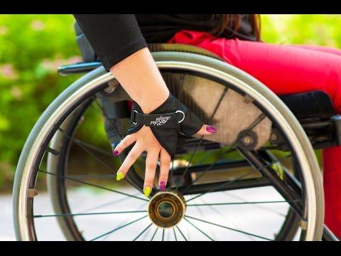 RehaDesign Strap N Roll Ultra Grip Wheelchair Gloves