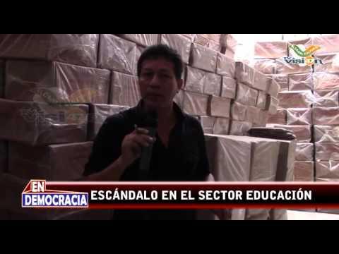 Escándalo en el Sector Educación - Pucallpa - Ucayali - Loreto / Abandonan Material Educativo