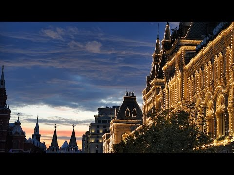 Moscow by Night Tour with Your Private Guide, Personal Driver and Photographer