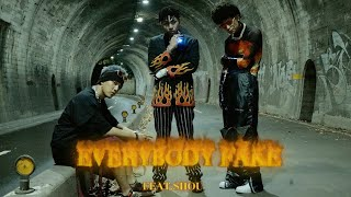 Download Asiaboy 禁藥王 & Lizi 栗子 - Everybody Fake Feat. 婁峻碩SHOU  Official Music Video