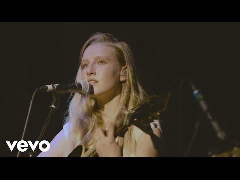 Billie Marten - As Long As (Live at Blue...