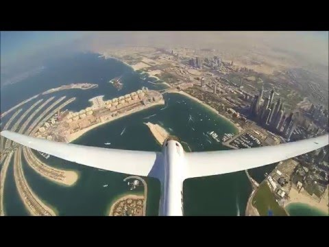 Glider Aerobatics over Dubai - World Air Games 2015 with the Swift S-1 [HD]
