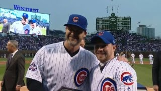 LAD@CHC: Cubs receive their 2016 World Series rings