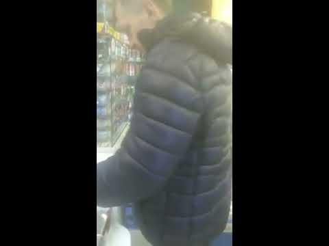 Мужик в стрингах пришел в магазин после новогодних праздников +18 прикол