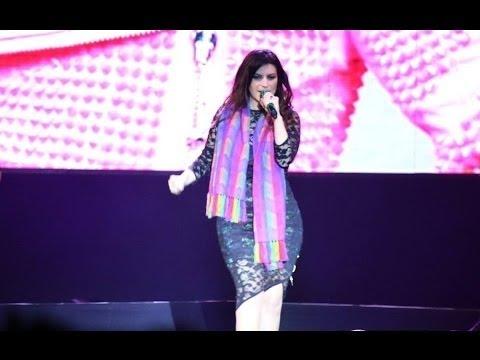 Laura Pausini Concierto Completo en Lima - Peru - Agosto 31, 2016 Similares Tour
