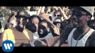 Wiz Khalifa - Black And Yellow [Official Music Video](Watch the best videos on YouTube from Wiz Khalifa here: http://www.youtube.com/playlist?list=PLakoz4isJL_mdAOvmFD8ddUZFZc4Hqewo Wiz Khalifa's new ..., 2010-10-11T19:41:40.000Z)