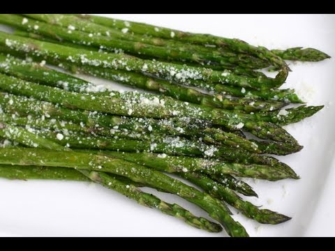 How To Cook Asparagus In The Oven For Delicious Roasted Asparagus | Rockin Robin Cooks