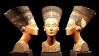 Царица Египта Нефертити...