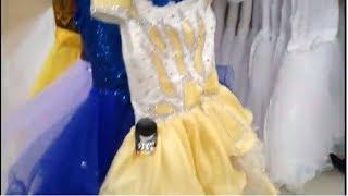 VLOG Новогодний Шоппинг Выбираем Яне платье Таня примеряет Новогодние Маски и Шапочки Покупки