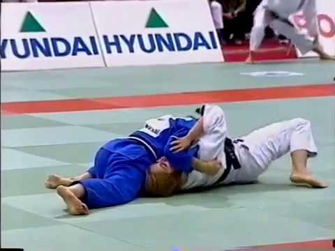 JUDO 1998 World Team Championships: Ryoko Tani (Tamura) 谷 亮子 (JPN) - Andrea Berti (BRA)