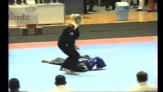 the girl demonstrates the #techniques of #Aikido (Martial Art), девушка #приемы #айкидо