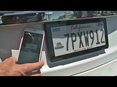 Electronic License Plates Let Drivers Customize Display by Phone