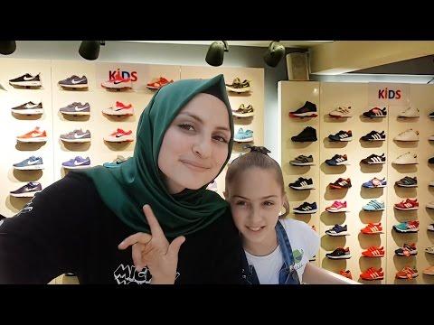 ALIŞVERİŞ    Koray Spor, Nike    Zeynep'e Ayakkabı Almak Için Alışverişe çıktık   Fenomen Tv