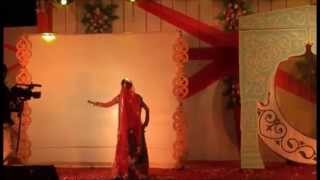 Indian wedding dance on Bollywood songs