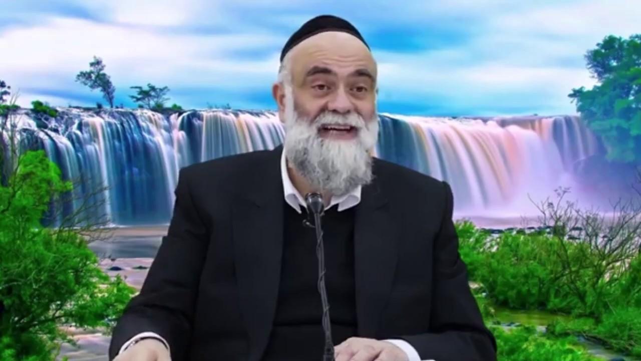 לקראת שבת עם הרב משה פינטו - פרשת שמות HD - מה זכתה בתיה בת פרעה?
