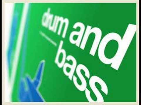 Drumsound & Simon Bassline Smith - Killa DJ